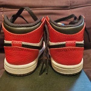 Jordan Shoes - Nike Jordan 1 Retro High OG
